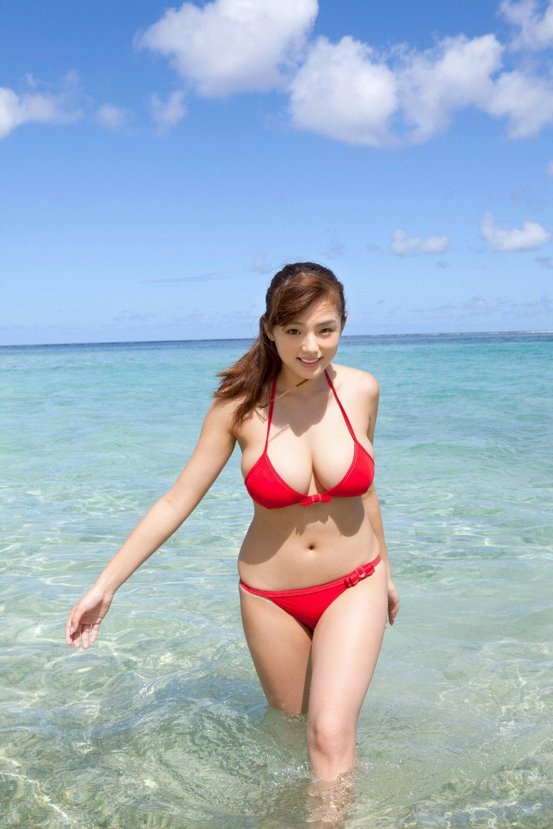 model - Ai Shinozaki