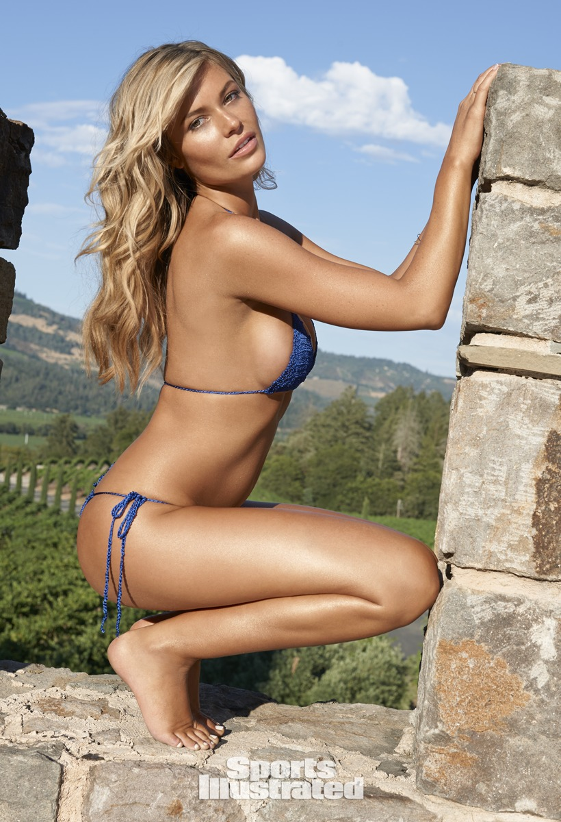 sexy models - Samantha Hoopes